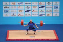 Se vægtløftere slå verdensrekorder på Eurosport